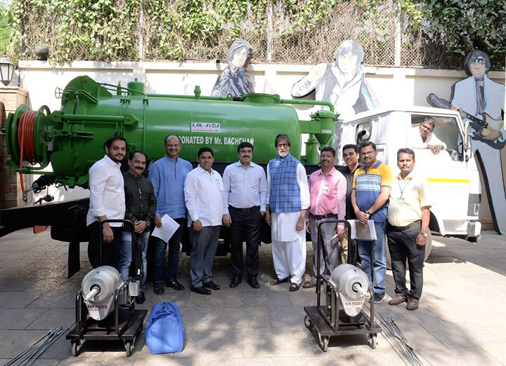 FB 2205 -  At the NDTV Cleanathon , 'banega swachch india' , seeing the inhuman plight of the manual scavenger, I had committed to buy 50 machines for them .. today I fulfilled that promise ! 25 small individual machines and one large truck machine gifted to BMC !