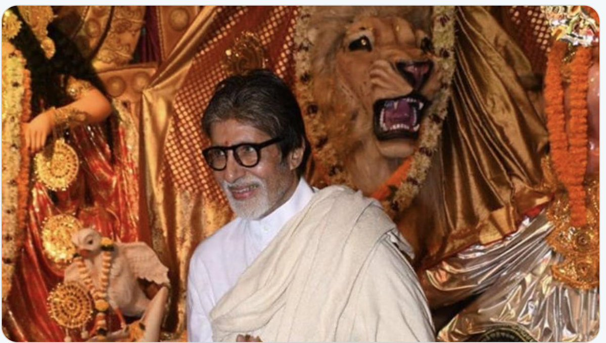 T 3010 -  .. and the Durga Pooja at old friends and new friends .. and a feel of the divinity of the day and the days to come .. https://t.co/LrXe8SmRnc